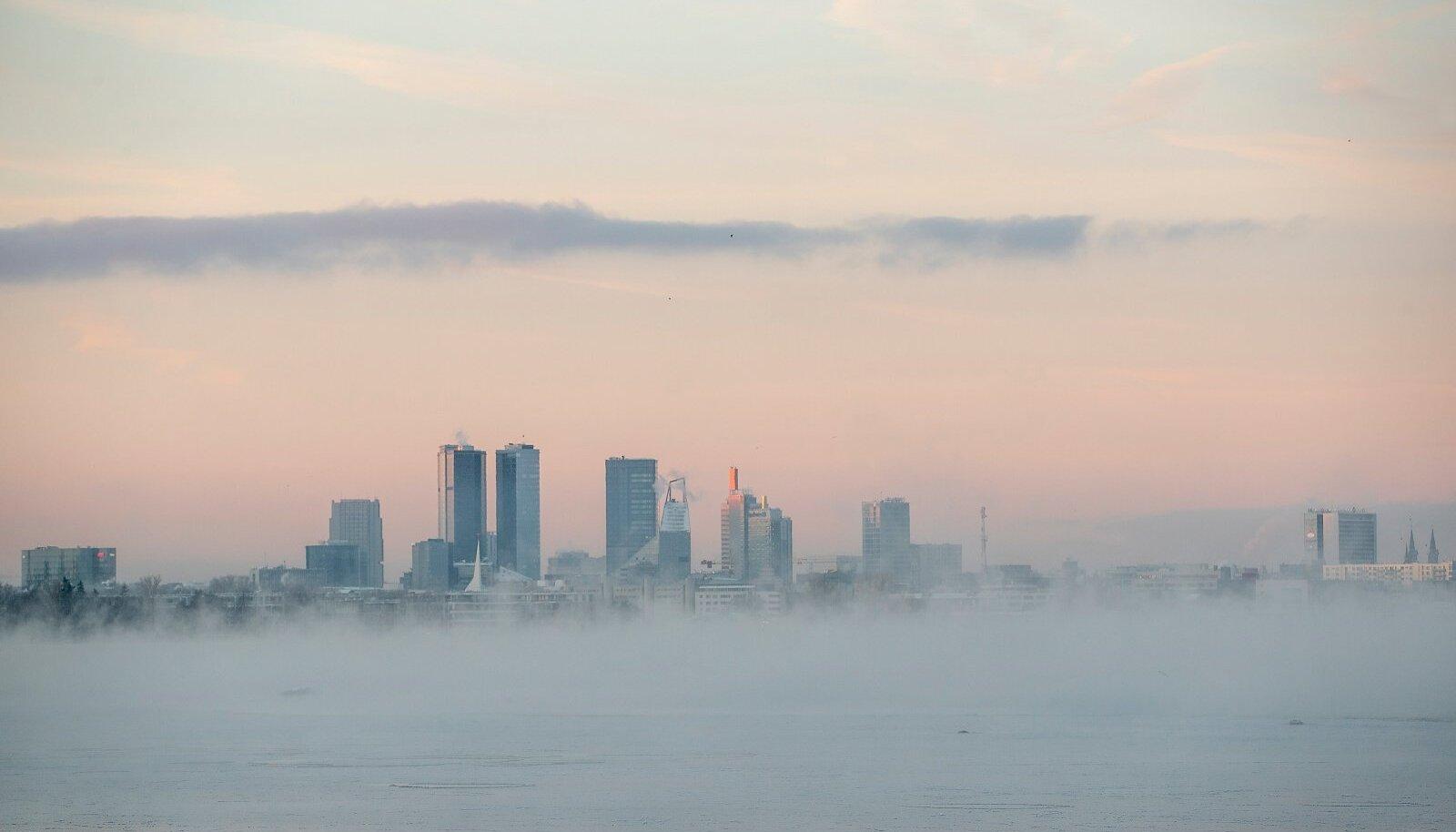 Aurav meri, Tallinna siluett