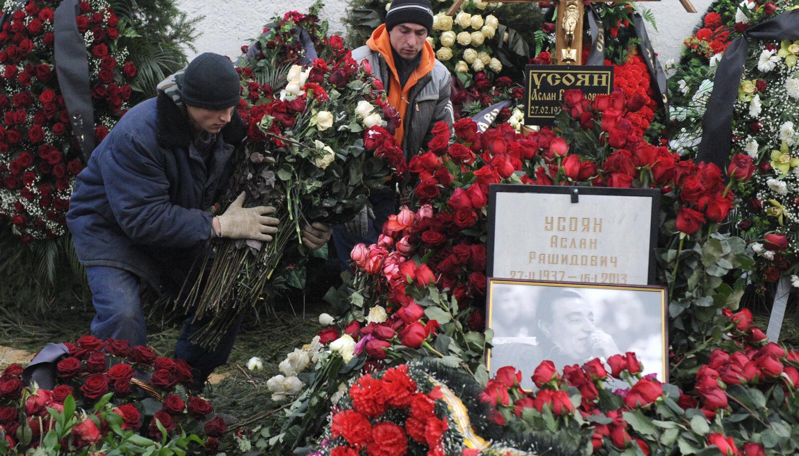Vanake Hasani matused Moskvas aastal 2013.