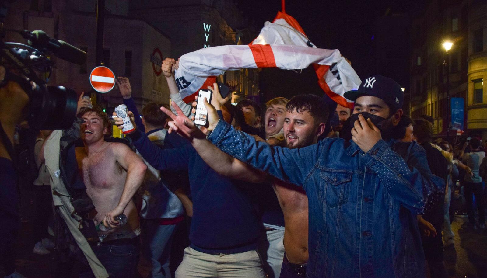 Inglismaa fännid Londonis poolfinaali järel. (Foto on illustratiivne)