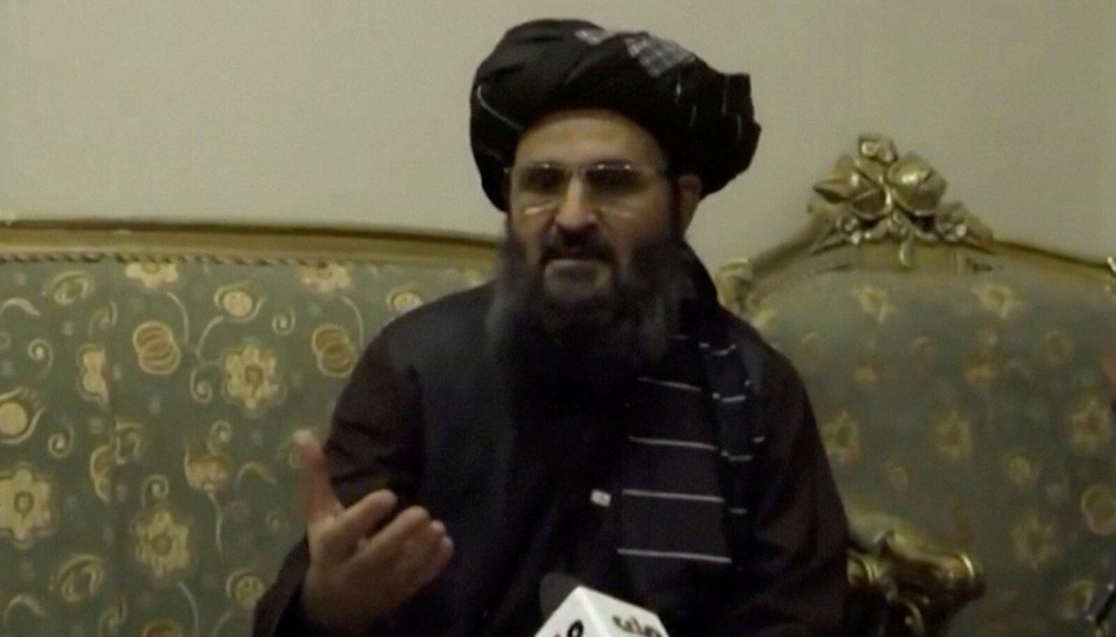 Mulla Baradar ilmus kolmapäeval televisiooni, et teated oma surmast ümber lükata.