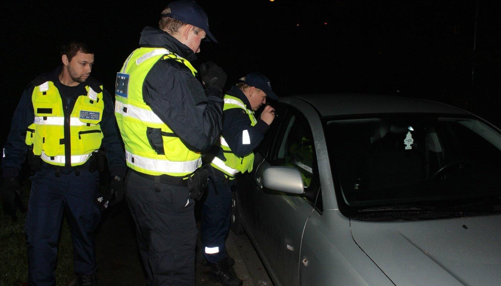 Politsei ennetusoperatsioon Mustamäel ja kristiine