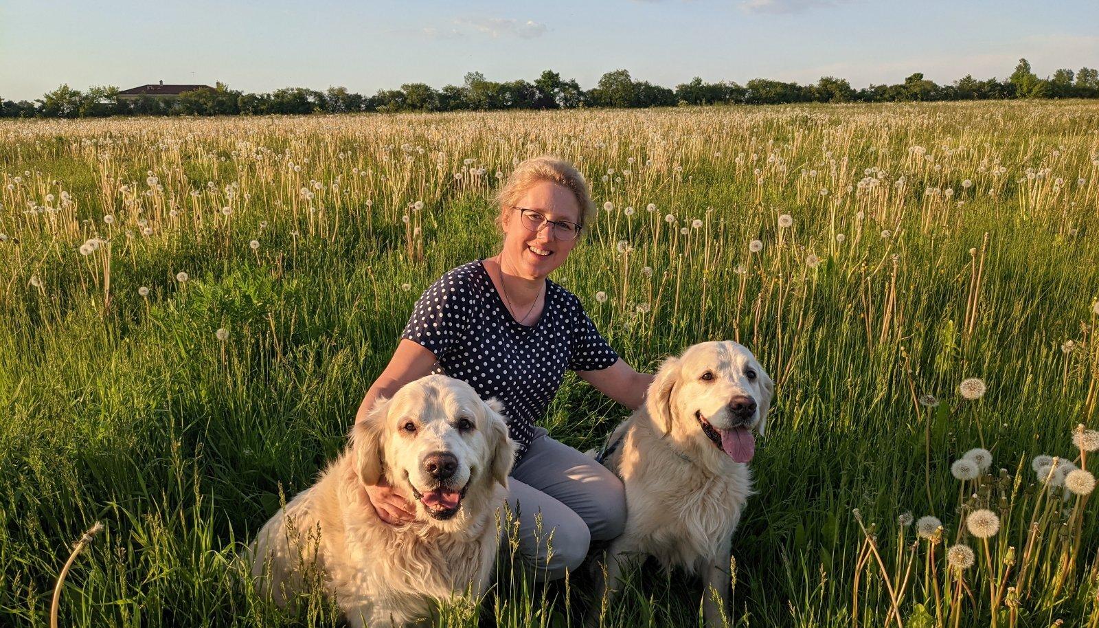 MATKAKAASLASED Lennu ja Ruudi viivad oma perenaise Krista meeleldi pikkadele matkadele nii Tartu kui Elva looduskaunitesse kohtadesse.