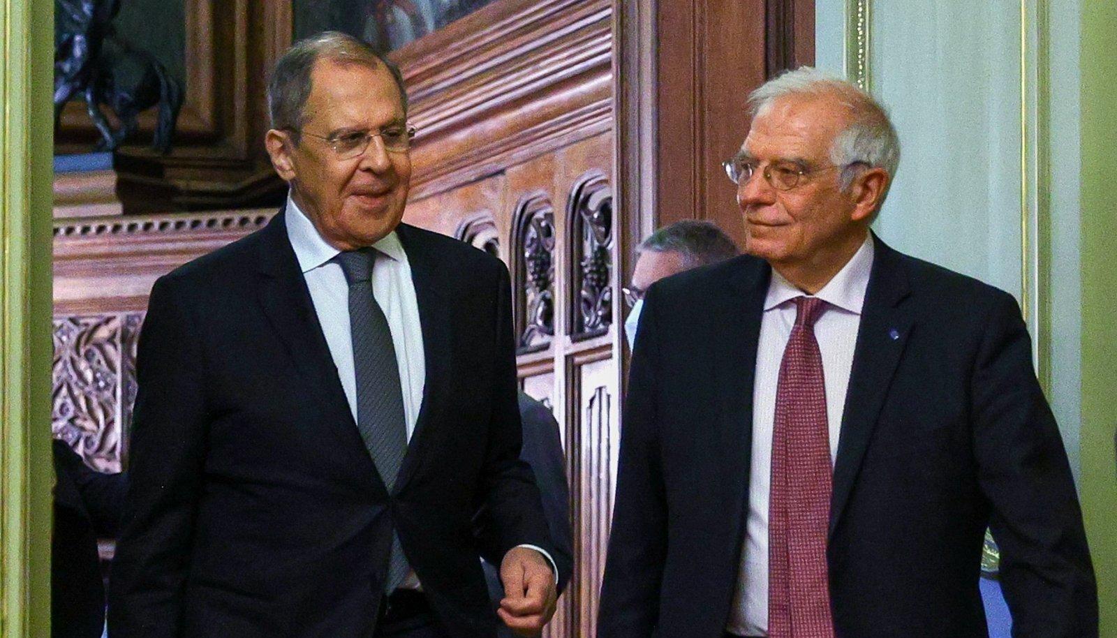 HÄBIPLEKK: Euroopa esindaja Borrell lasi Vene välisminister Lavrovil endast üle sõita.
