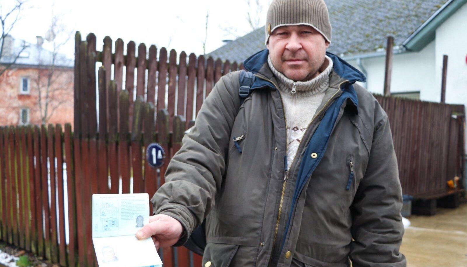 Viktor on töötanud laeva peal 25 aastat. Nüüd ei taha 45-aastane mees enam mere peale minna, aga maa peal ka tööd ei leia.