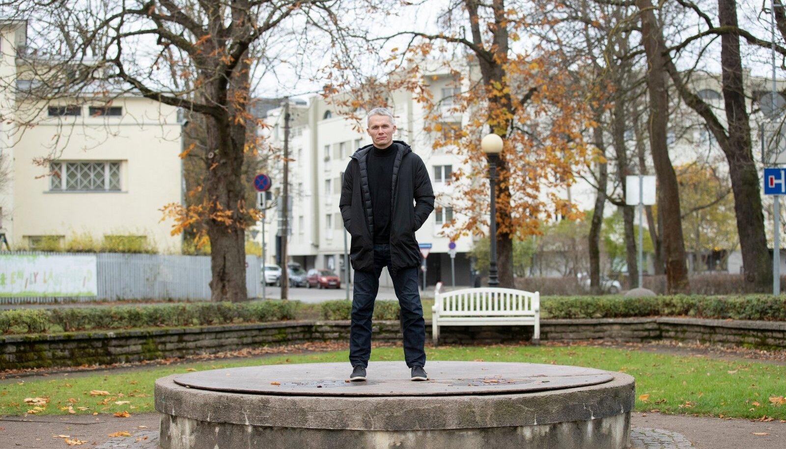 Tarmo Jüristo ütleb, et tal ei olnud mingisugust isu Praxise juhtimist ja kõiki muid oma asjatoimetusi kõrvale jätta, et abielureferendumi temaatikale keskenduda. Aga olukord ühiskonnas ei jätnud talle muud võimalust.