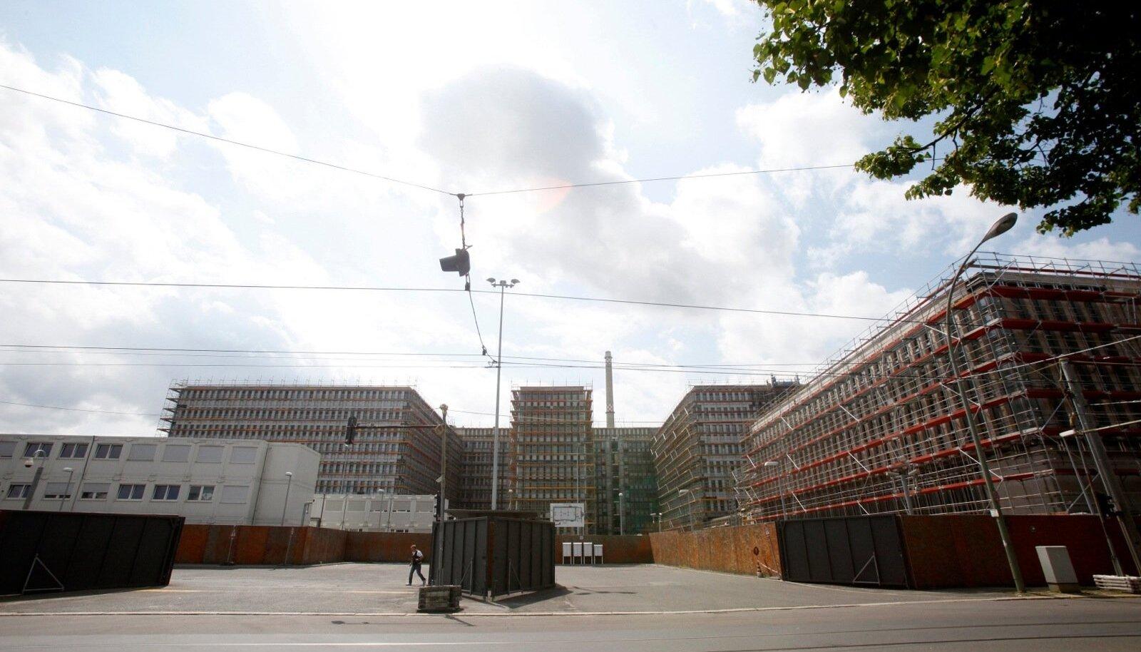 BND ehitusjärgus peakorter 2011. aastal