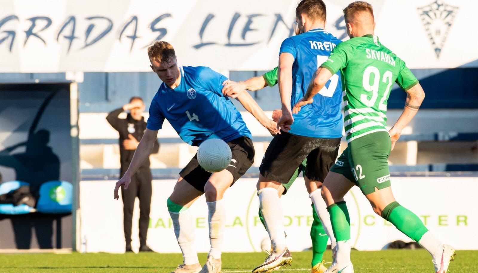 Henrik Pürg (nr 4) taandub edaspidi ilmselt varumehe rolli. Vladislav Kreida on Eesti koondises juba põhimängijaks saanud.