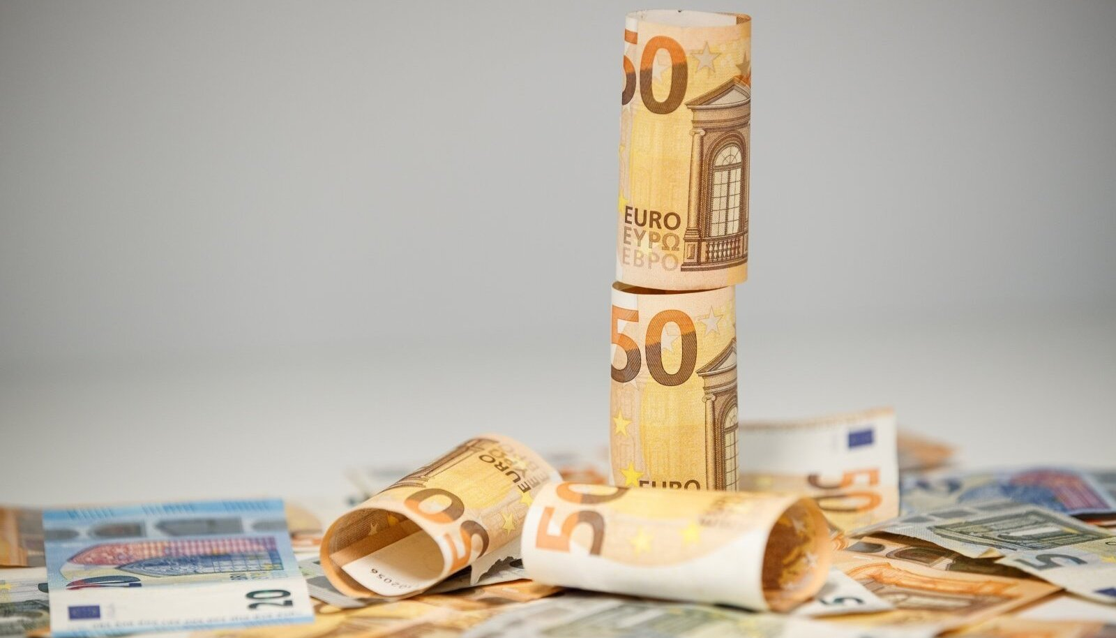 Rahapoliitiliselt ei kannata sissemaksete peatamine teise pensionisambasse kriitikat, sest soovitud eelarvesääst jääb oodatust väiksemaks.