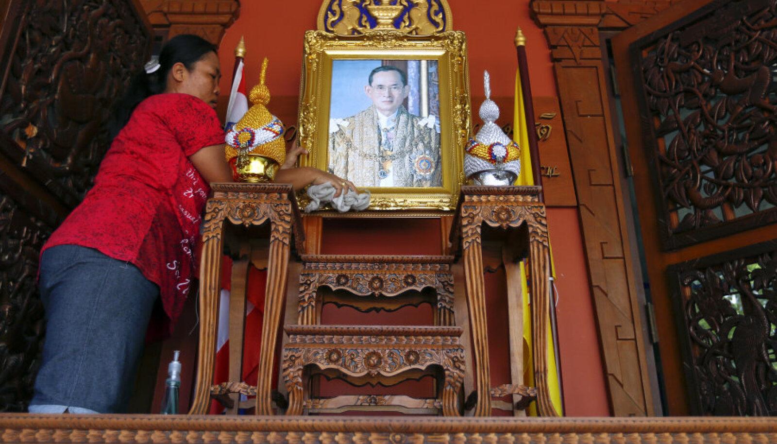 Kuningas Bhumibol Adulyadej on Tais väga austatud mees.