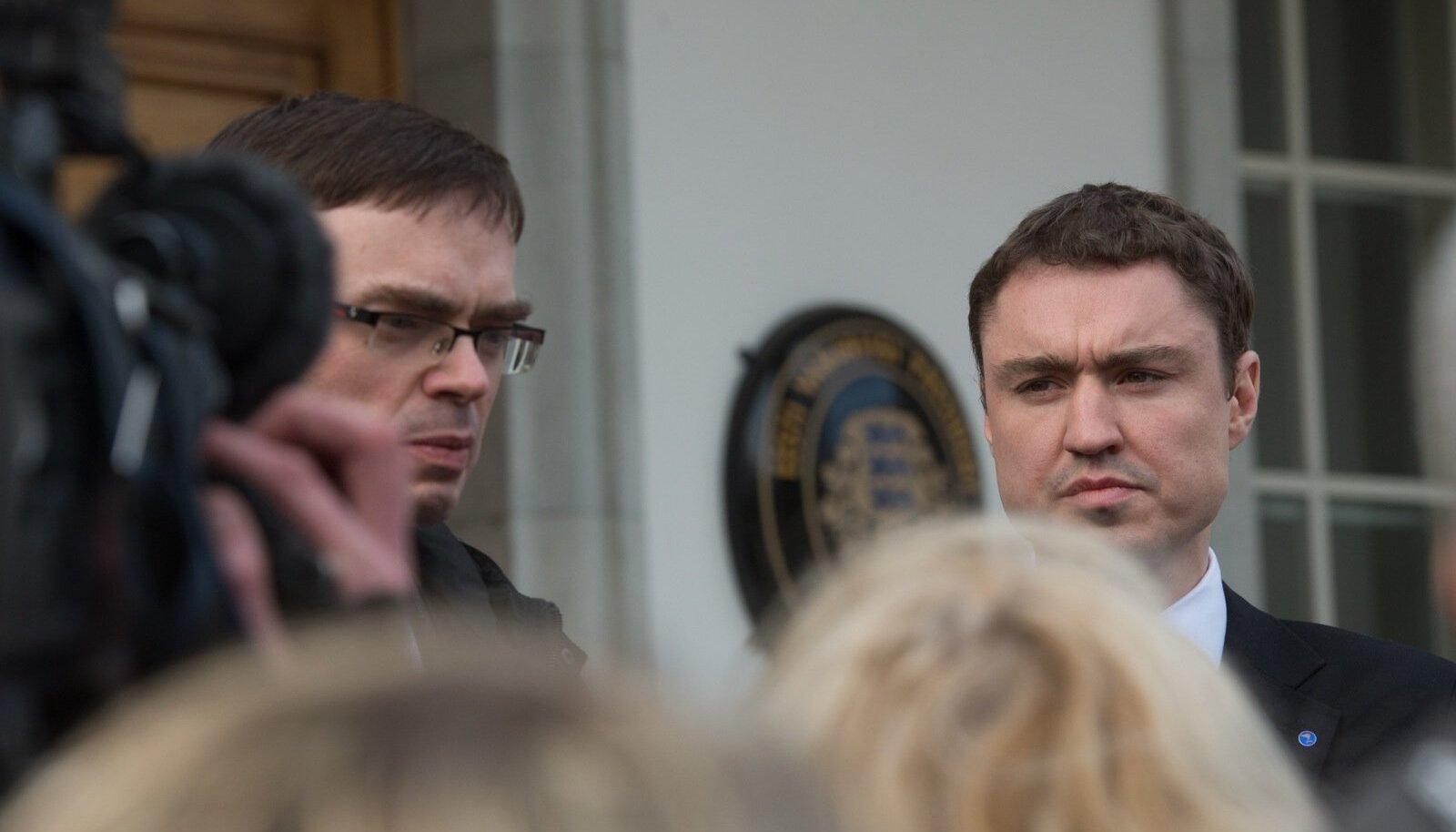 Taavi Rõivas ja Sven Mikser Kadriorus presidendi juures