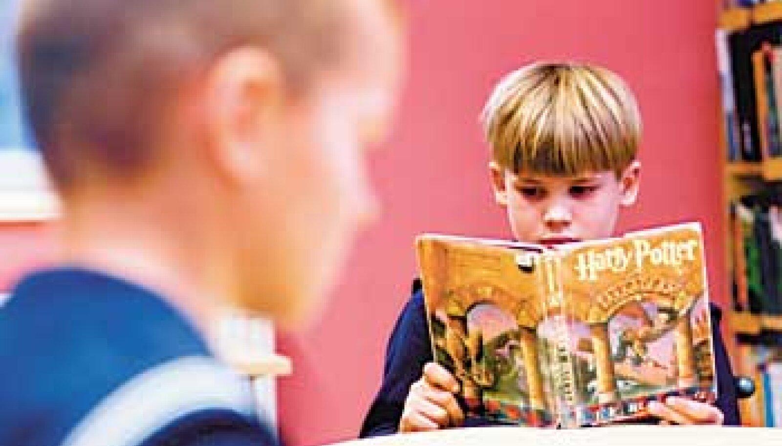 """ÄGE! Põnevaid lugusid nagu """"Harry Potter"""" loevad lapsed kõige meelsamini. Vallo Kruuser"""
