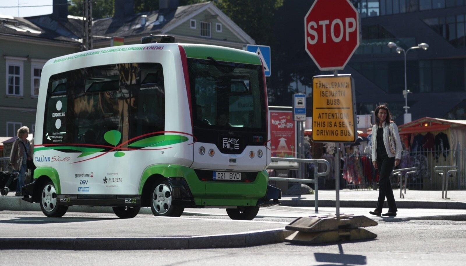 Suur innovatsioon Eesti teedel - isesõitev buss. Selle tegid noored koostöös õppejõududega TalTechis.