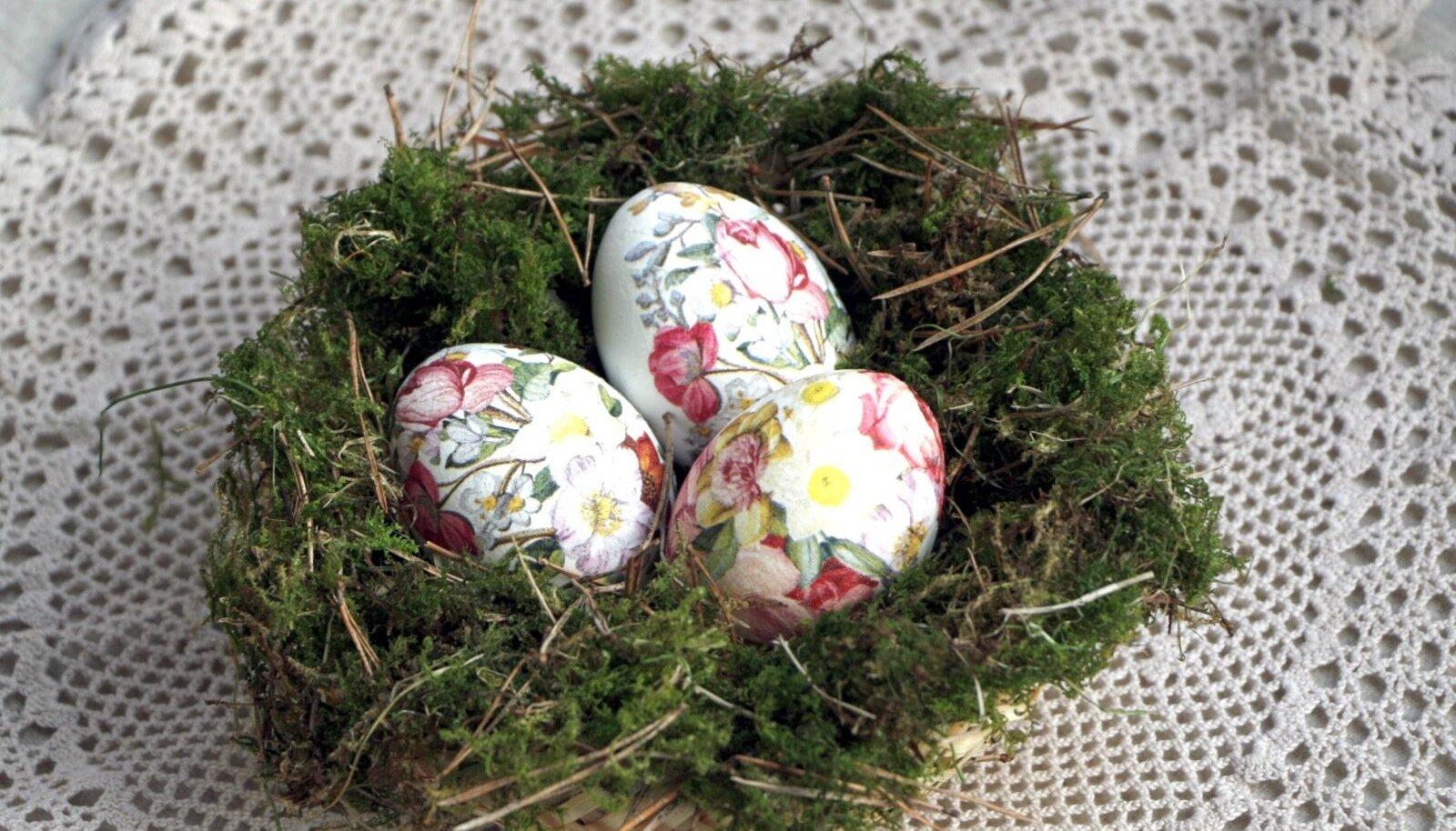 Lillepiltidega munad samblases pesas.