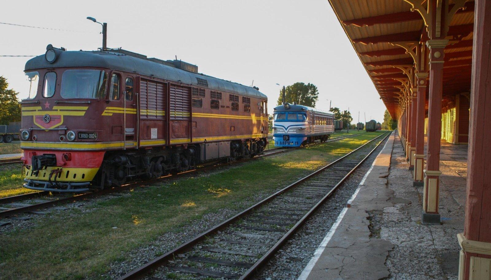 Riisipere-Haapsalu endine raudteeliin täidab praegu museaalset ülesannet.
