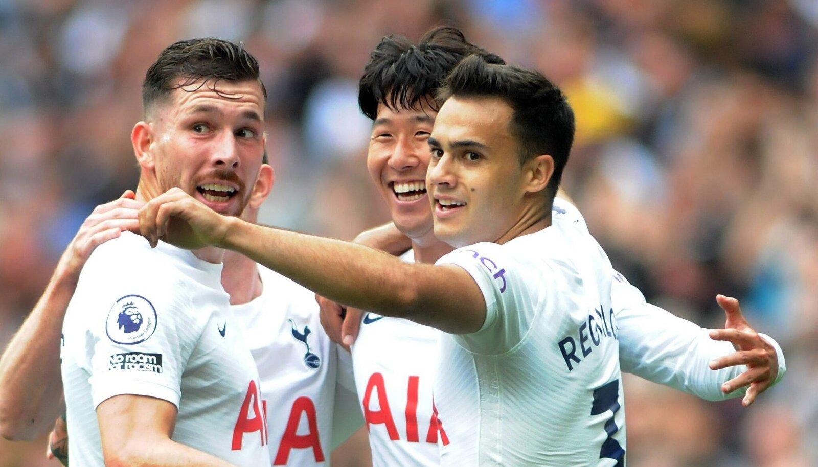 Tottenham jätkab kolme vooru järel täiseduga.