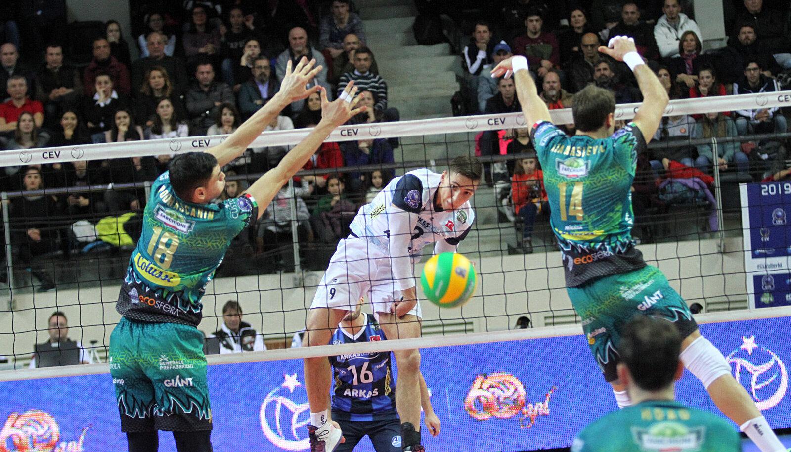 Perugia ei saanud kuidagi hakkama Robert Tähe rünnakutega tagaliinist.