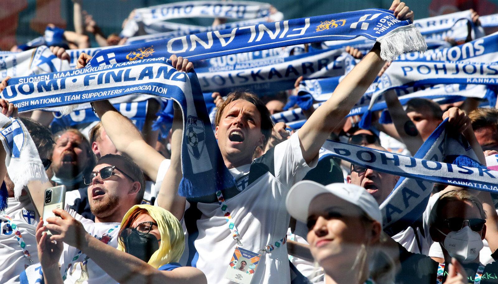 Soome jalgpallikoondise fännid Peterburis. (Foto on illustratiivne)