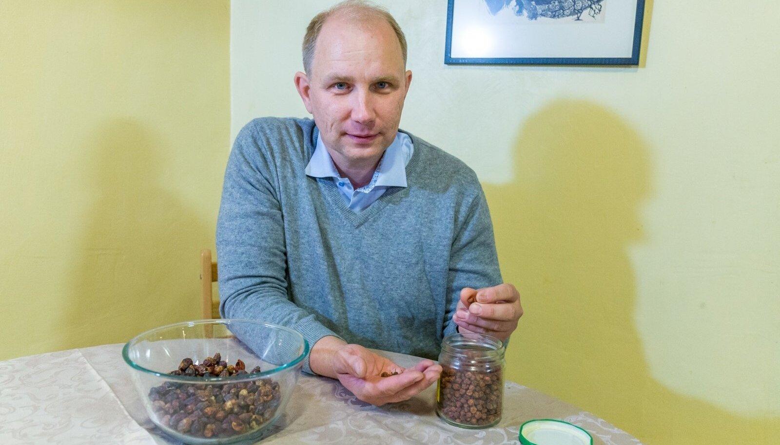 Raivo Kalle sõnul on pikas perspektiivis inimese ellujäämiseks oluline, et meie ümber oleksid taimed ja oleks harjutud neid kasutama.