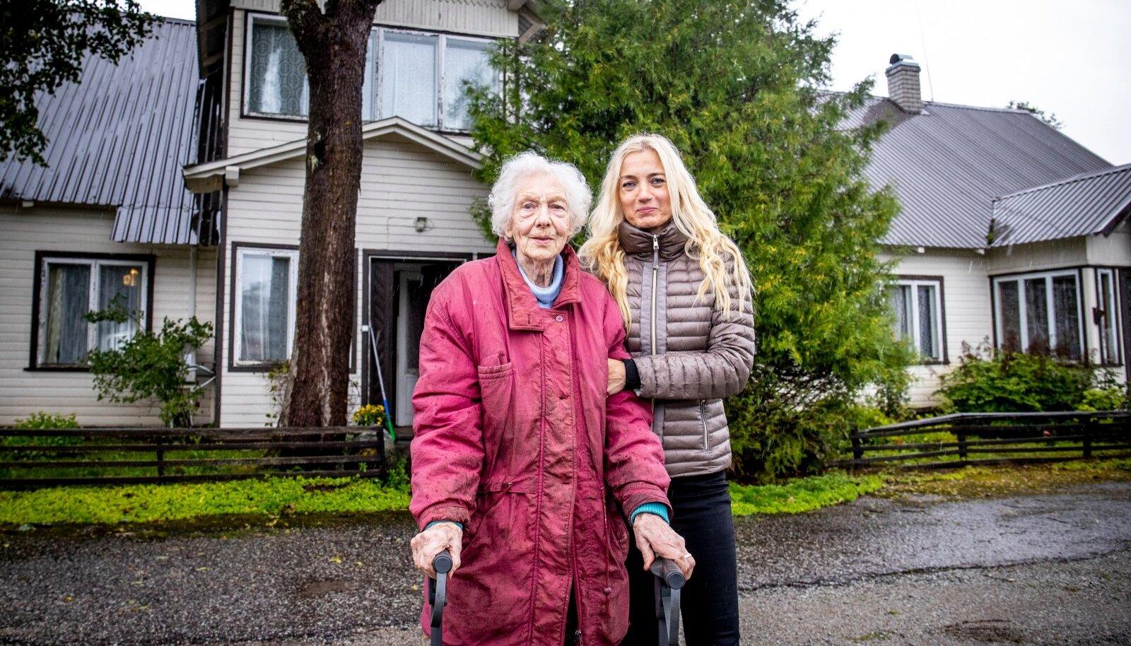 Nelly Lume koos oma juristi Merike Roosilehega käisid mitu aastat kohtus ja võitsid kiirlaenuäri