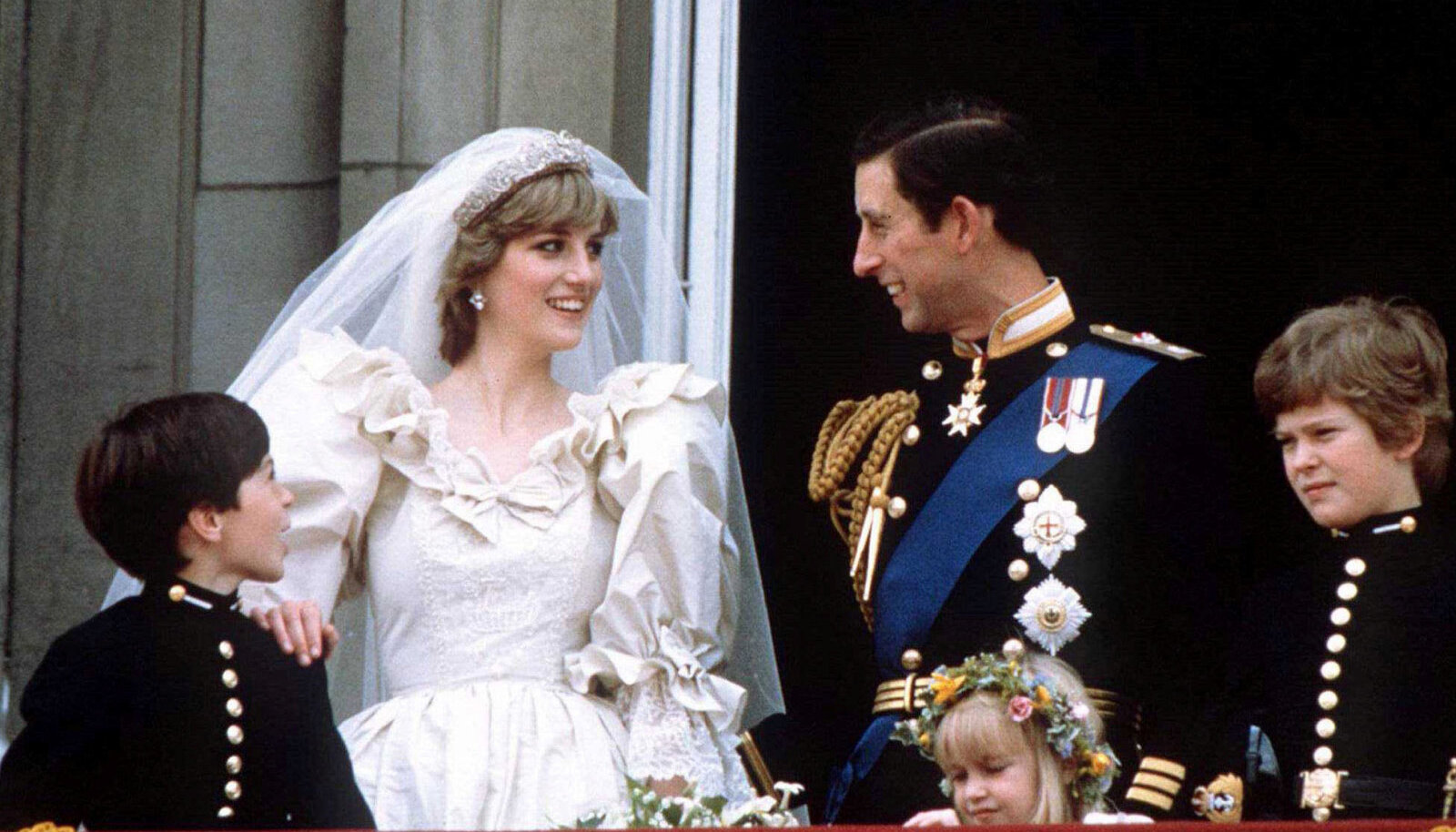 Prints Charles ja Lady Diana Spencer oma pulmapäeval.