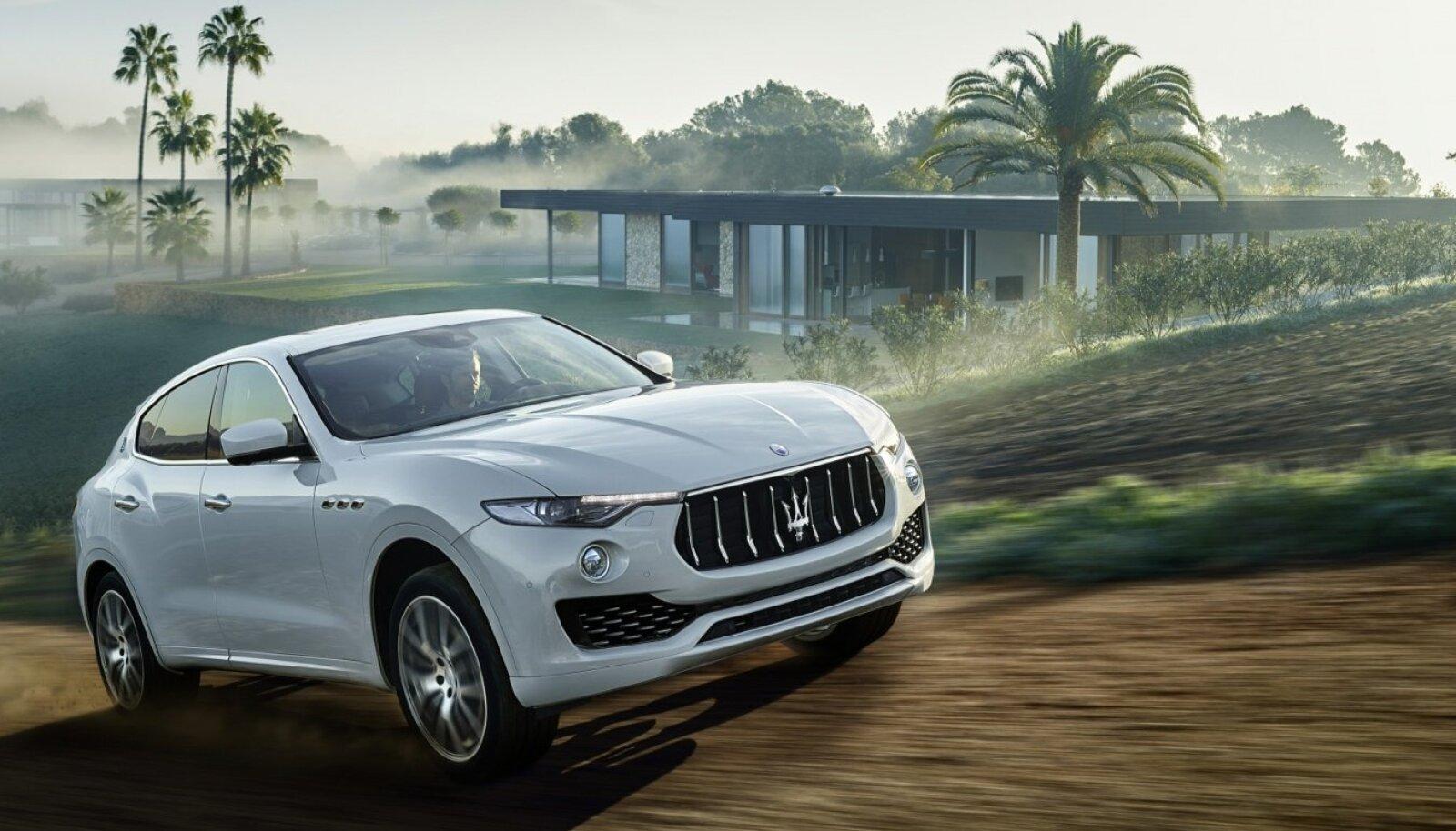 Üle kahe tonni kaaluv Maserati esimene luksusmaastur Levante kiirendab nagu pöörane, kuid pakub staatusele omaselt müravaba ja mugavat kulgemist.