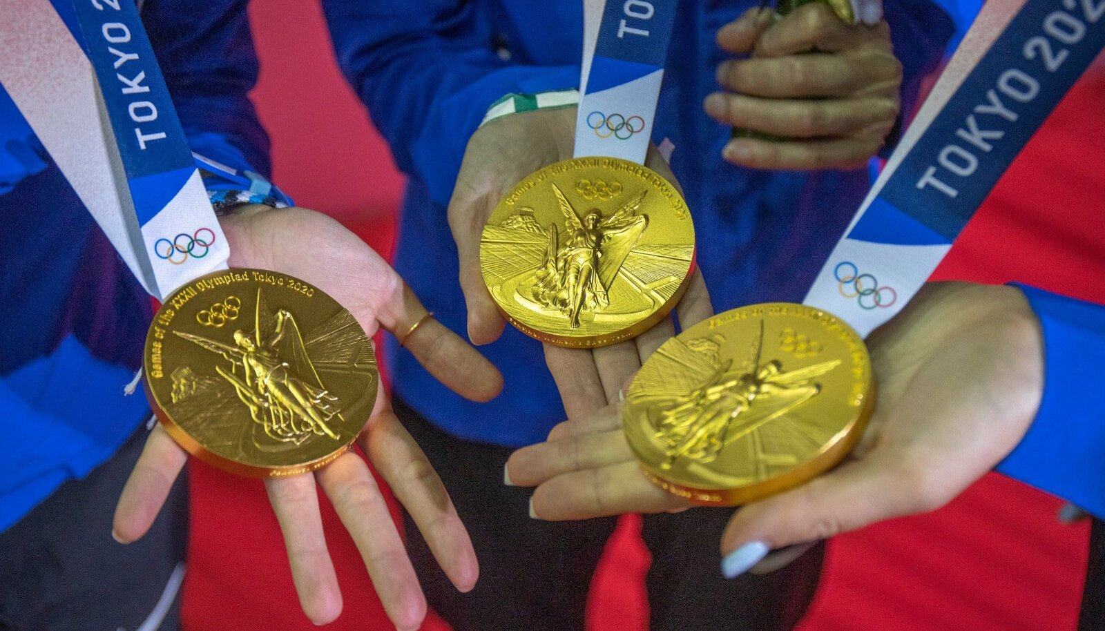 Kui palju maksavad ja kaaluvad kuldmedalid, mille Eesti epeenaised kaela said?