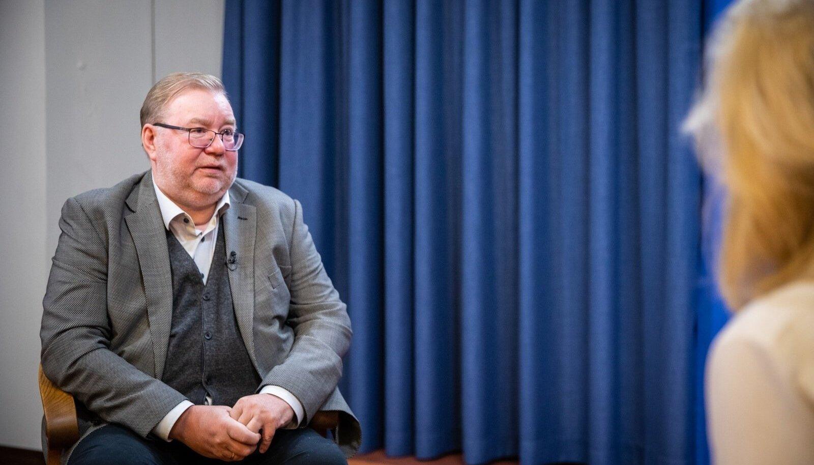 Vilja Kiisleri intervjuu Mart Laariga