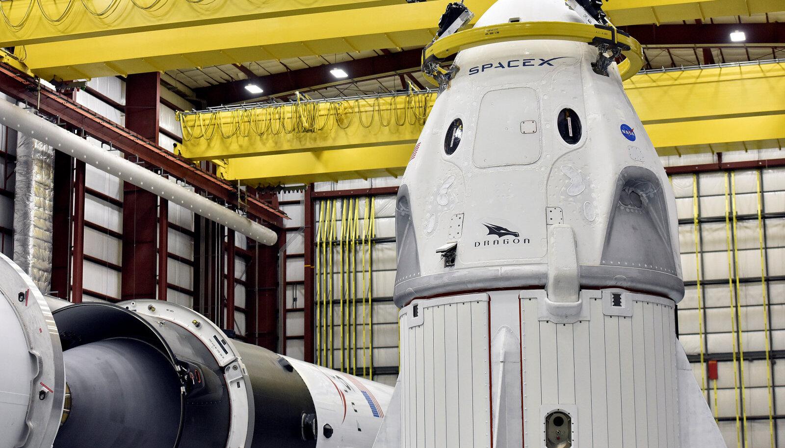 Crew Dragon kapsel lendu ootamas