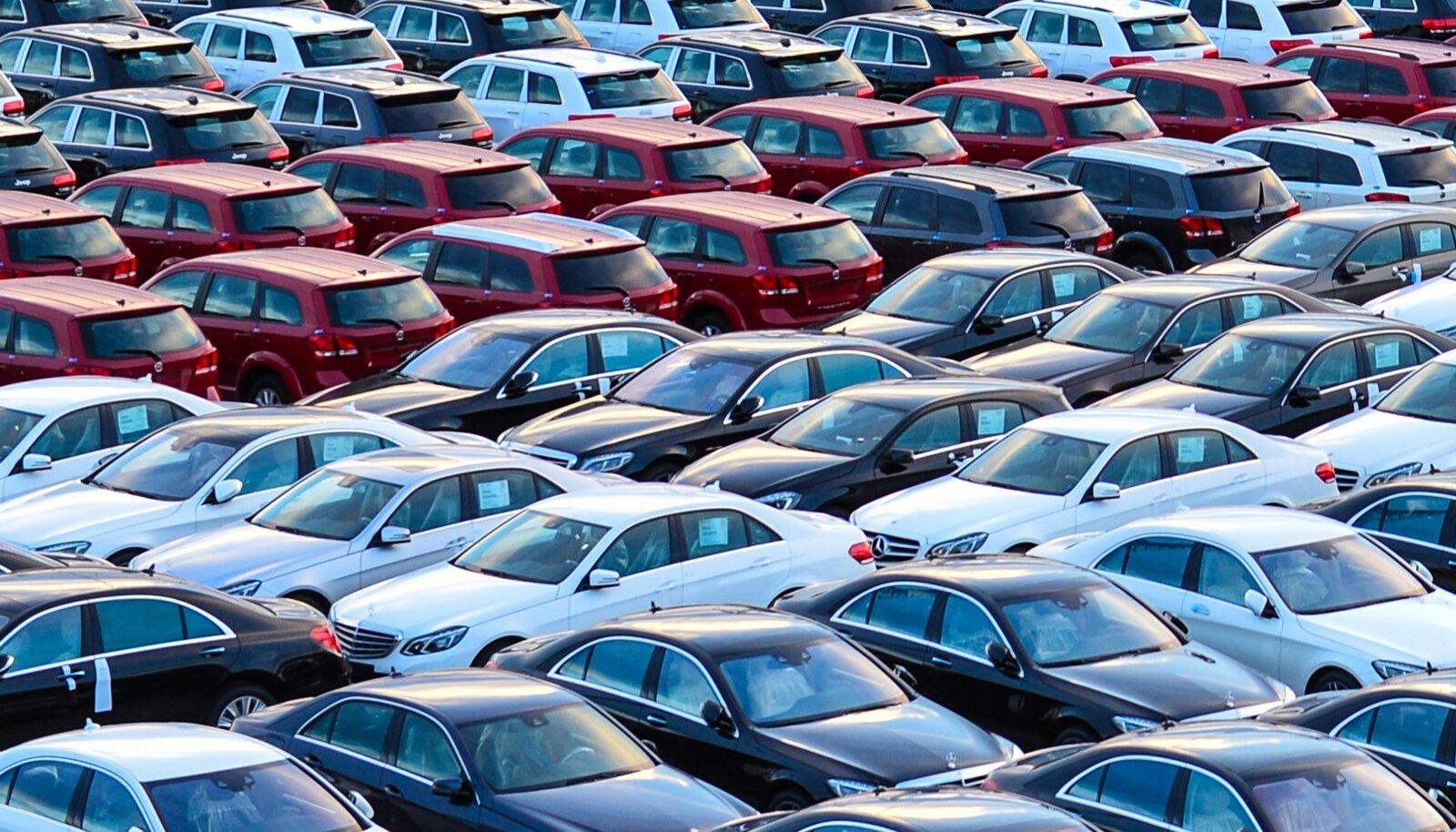 Uue sihtotstarbelise toetuse kehtestamine eeldab ka bürokraatlikku lisamehhanismi, võib-olla lausa mingit spetsiaalset autotoetuste komisjoni, mille saab oma poliitbroileritega mehitada.