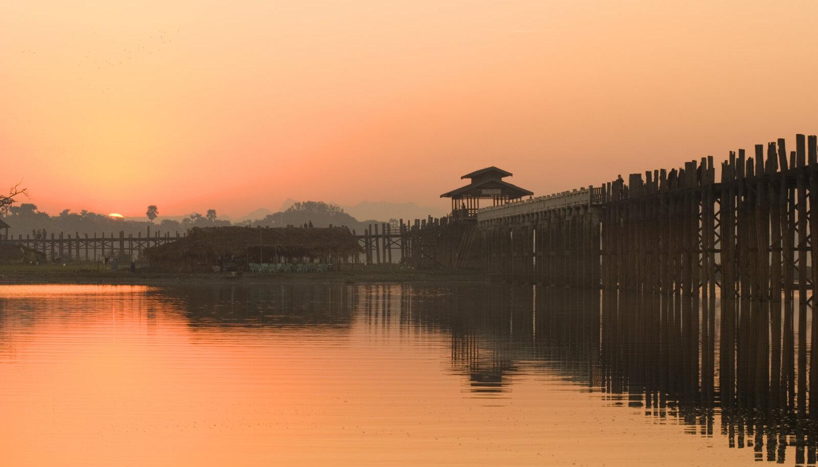 U Beini sild Birmas