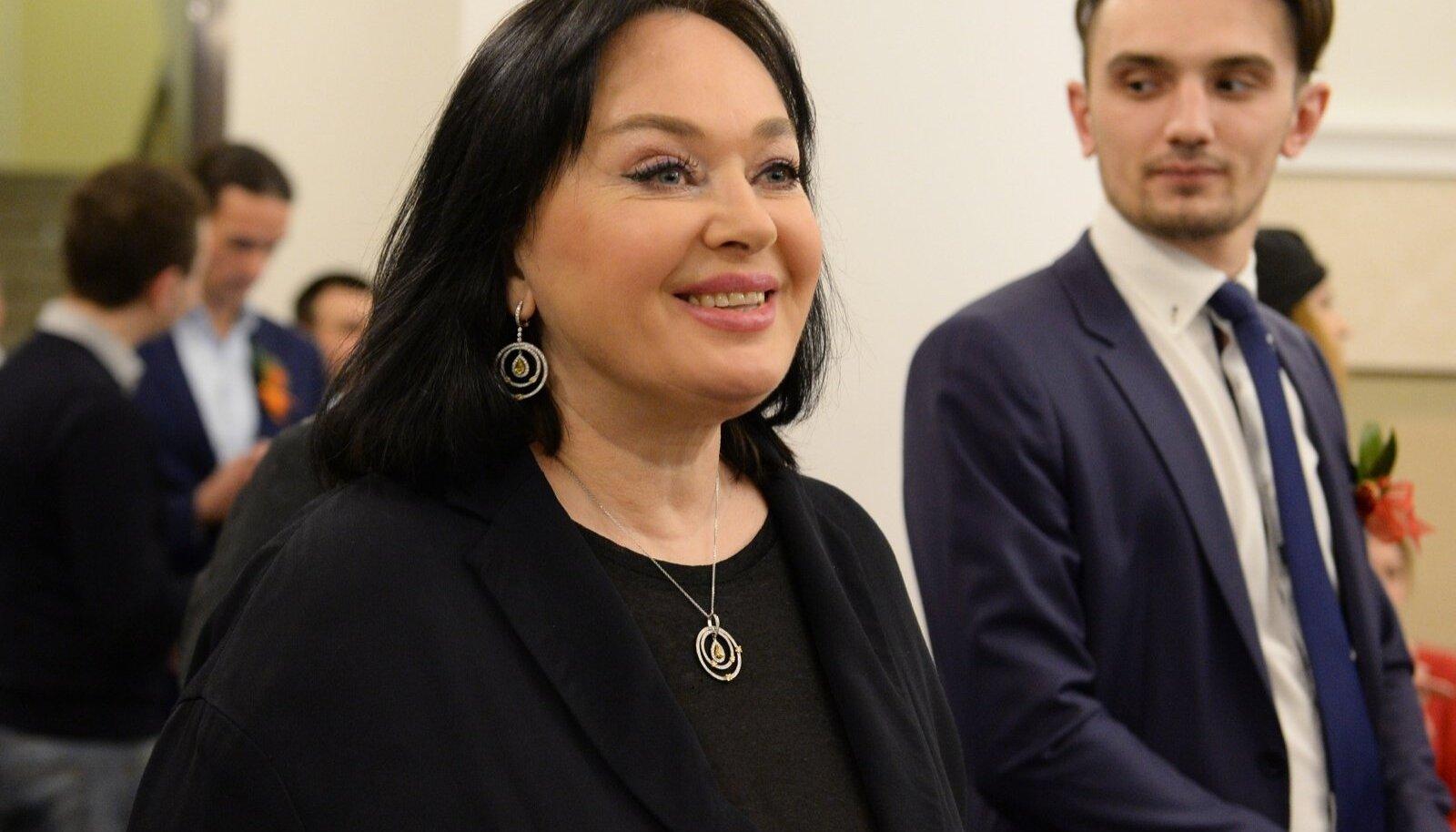 Dzhakhan Pollyeva's anniversary gala