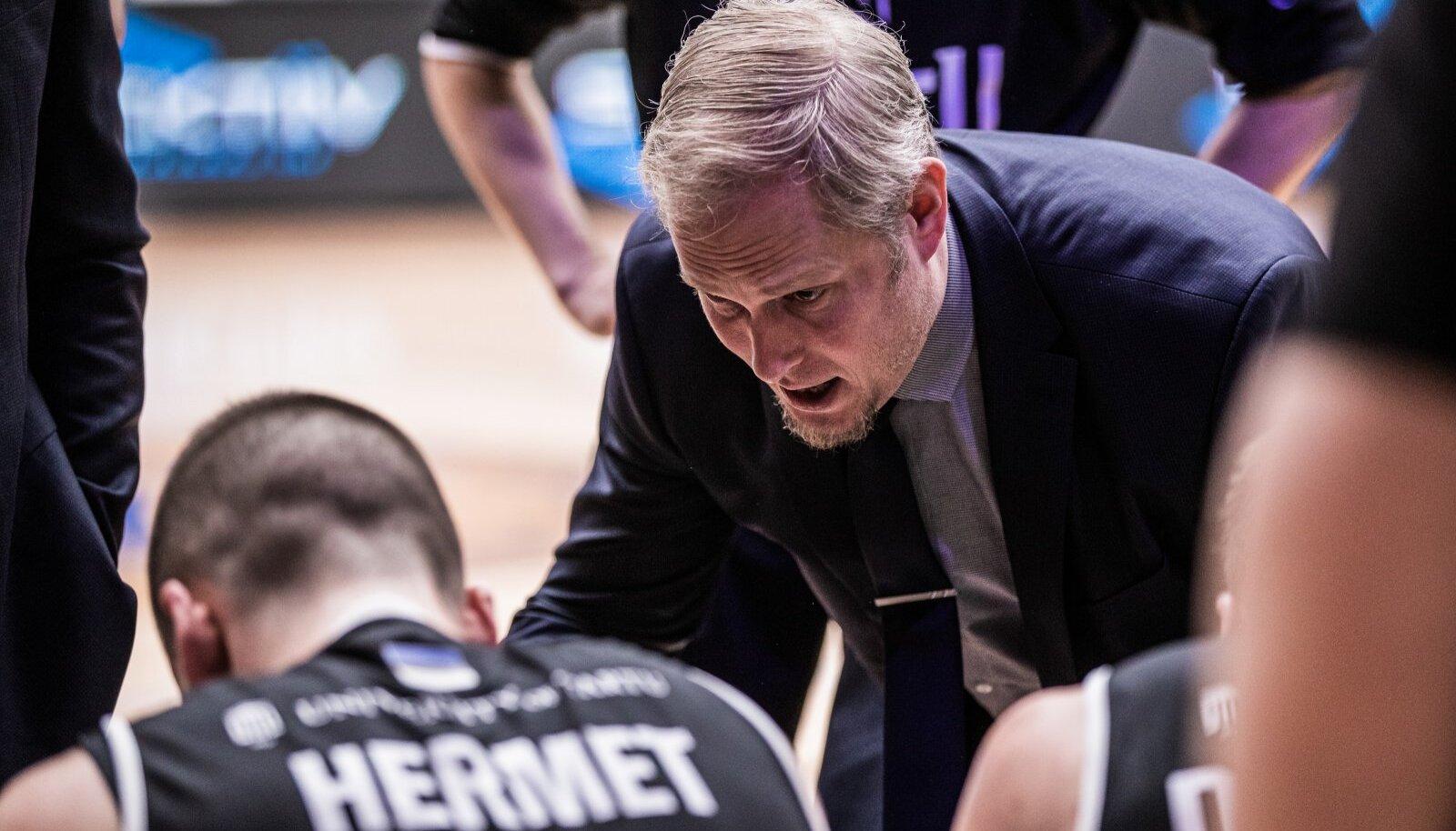 Tartu Ülikooli peatreener Toomas Kandimaa