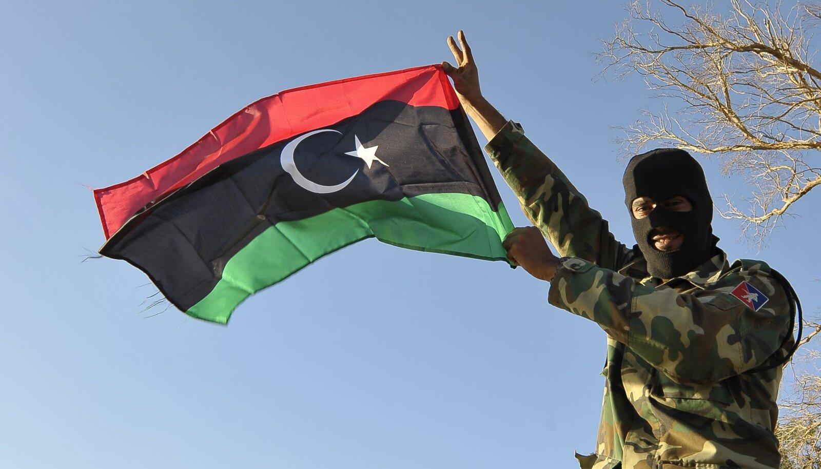 Liibüa armee sõdur Benghazis.