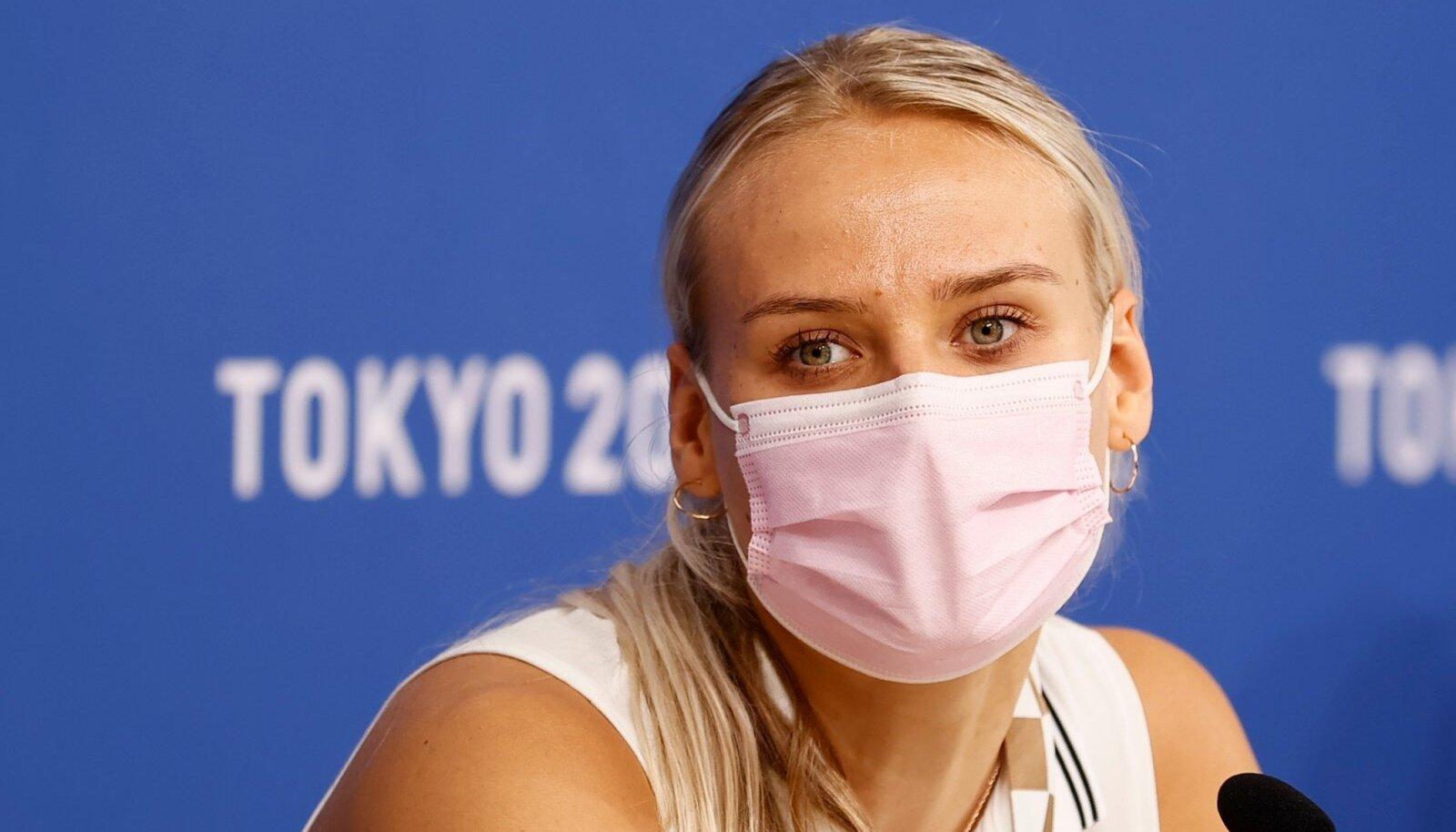 Kristin Kuuba Tokyo olümpiakülas pressikonverentsil.