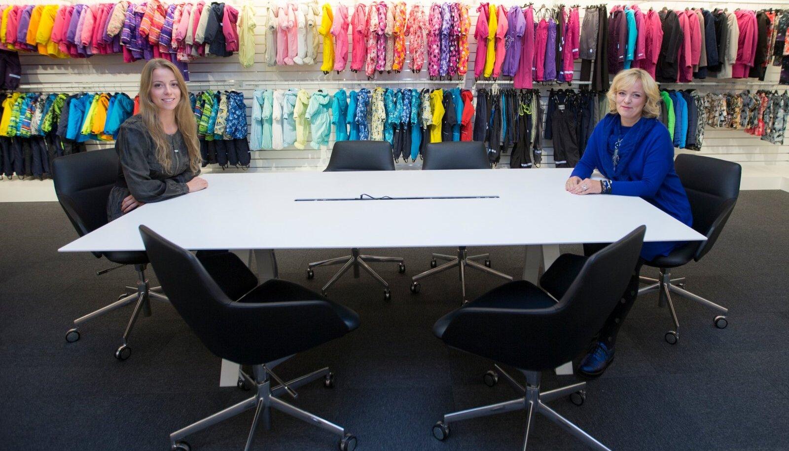 Perefirma Lenne üks omanikke Meeli Leeman (paremal) koos tütre Sirli Leemaniga