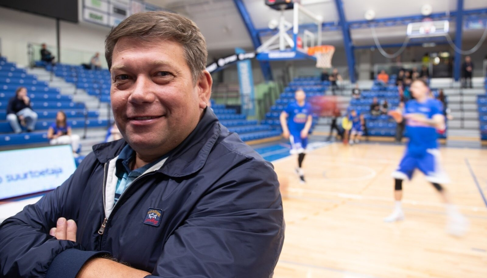 OlyBet korvpalli meistriliigas algas poolfinaalseeria BC Kalev/Cramo ja Pärnu Sadama vahel. Kalev/Cramo võitis 91 : 85