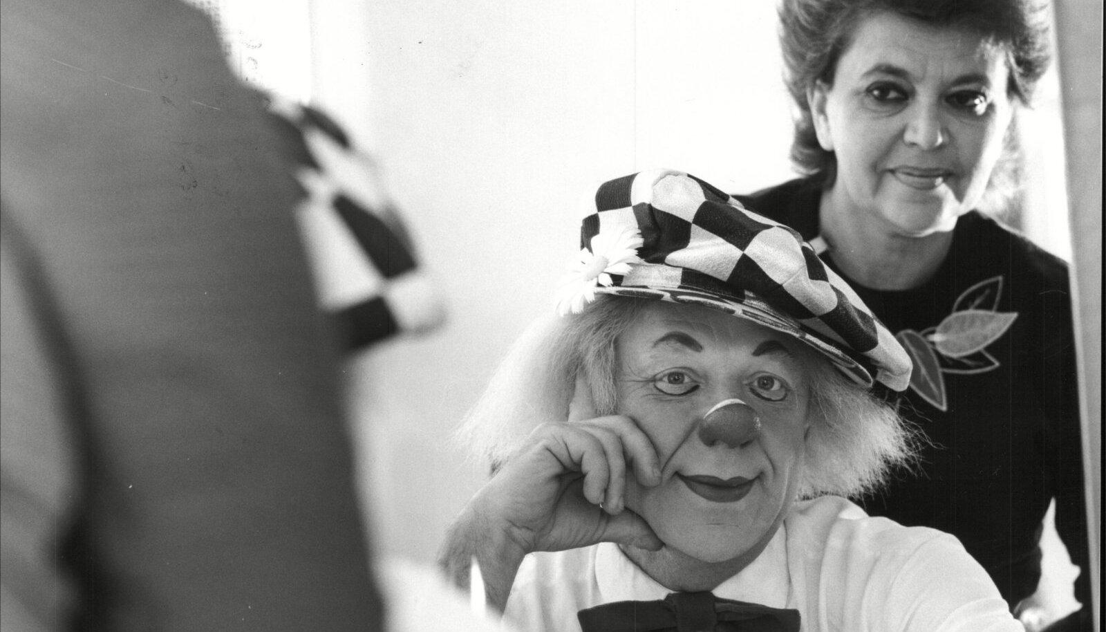 Oleg Popov ja abikaasa Aleksandra 1985.