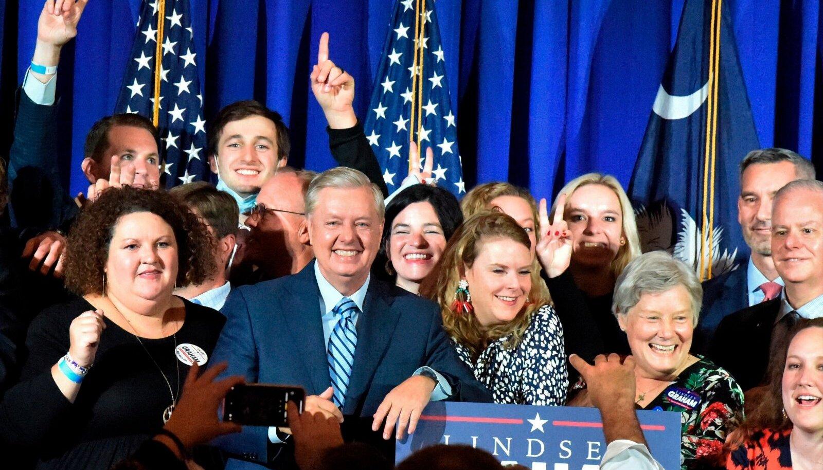 Vabariiklaste võidukas senaator Lindsey Graham eile toetajate keskel