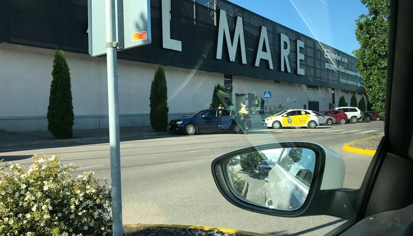 Pussitamine Rocca al Mare keskuses