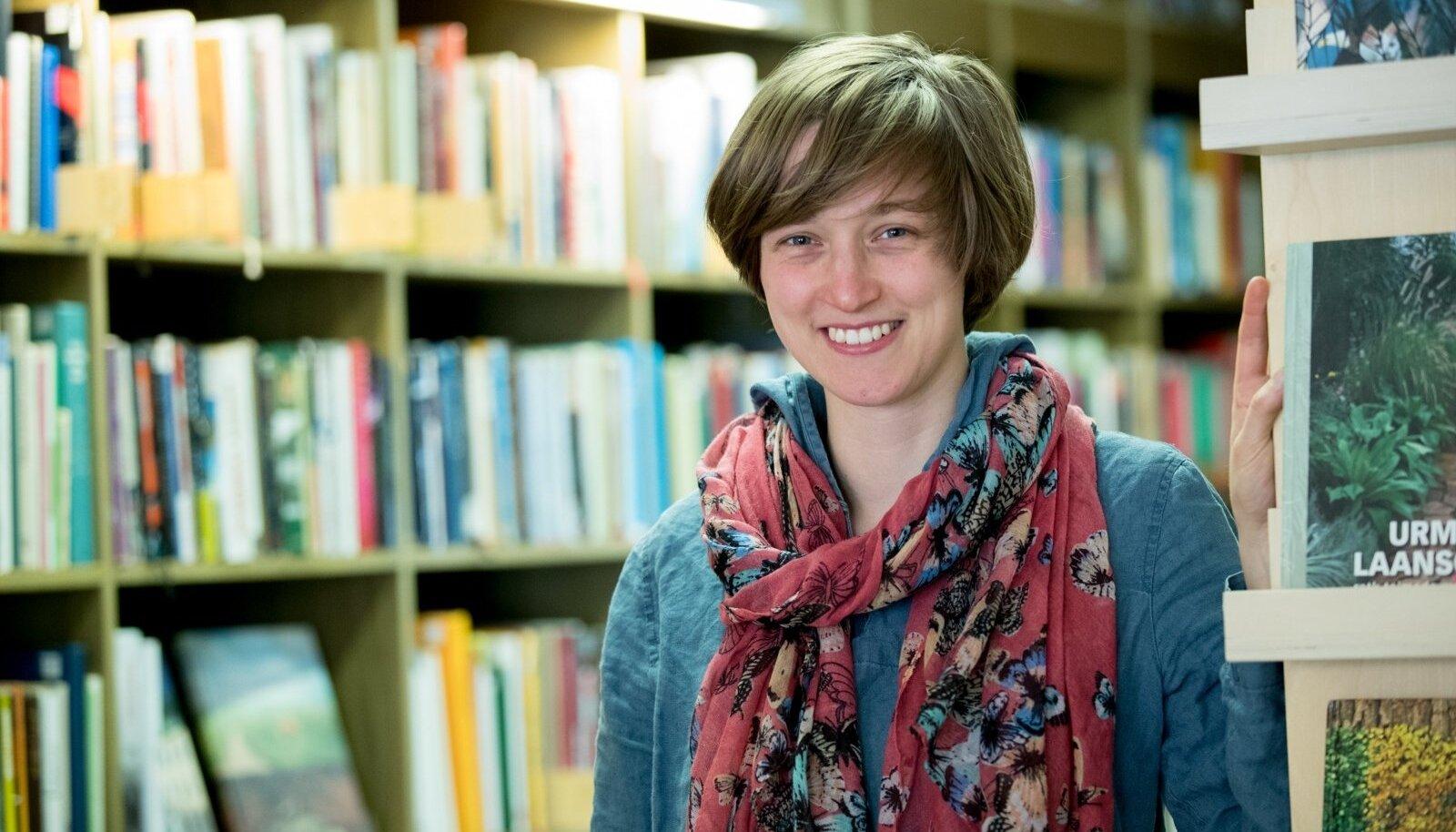 Catherine Webb on pidevalt raamatuid kirjutanud juba 14-aastasest saadik.