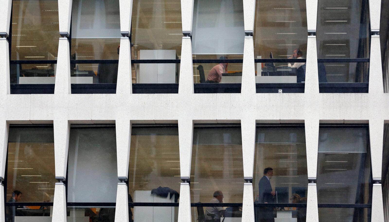 ING peakontor Brüsselis. Juba praegu suhteliselt hõredasti rahvastatud.