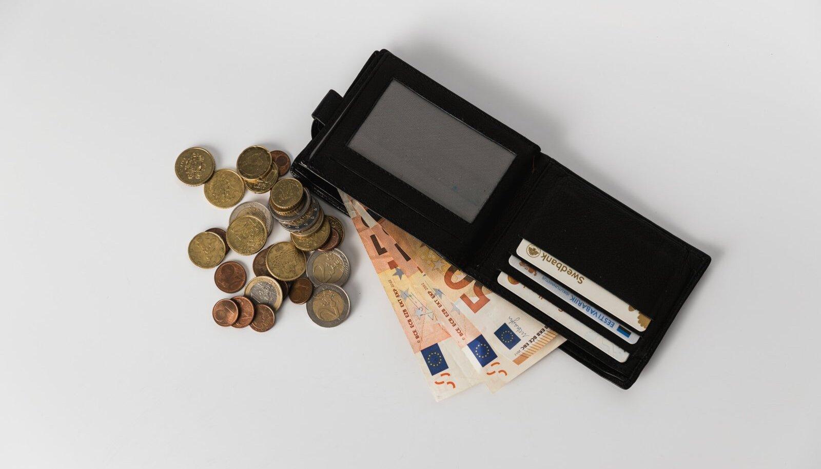 Raha, kogumine, säästmine, pension, swedbank