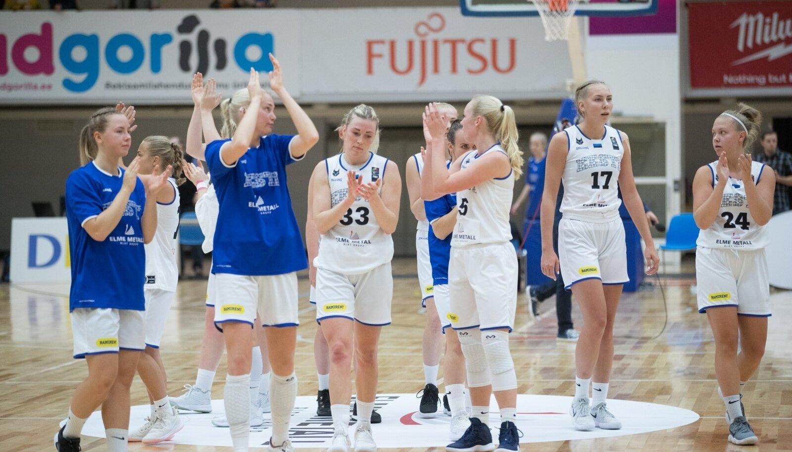 Eesti naiste korvpallikoondis mängus Valgevenega