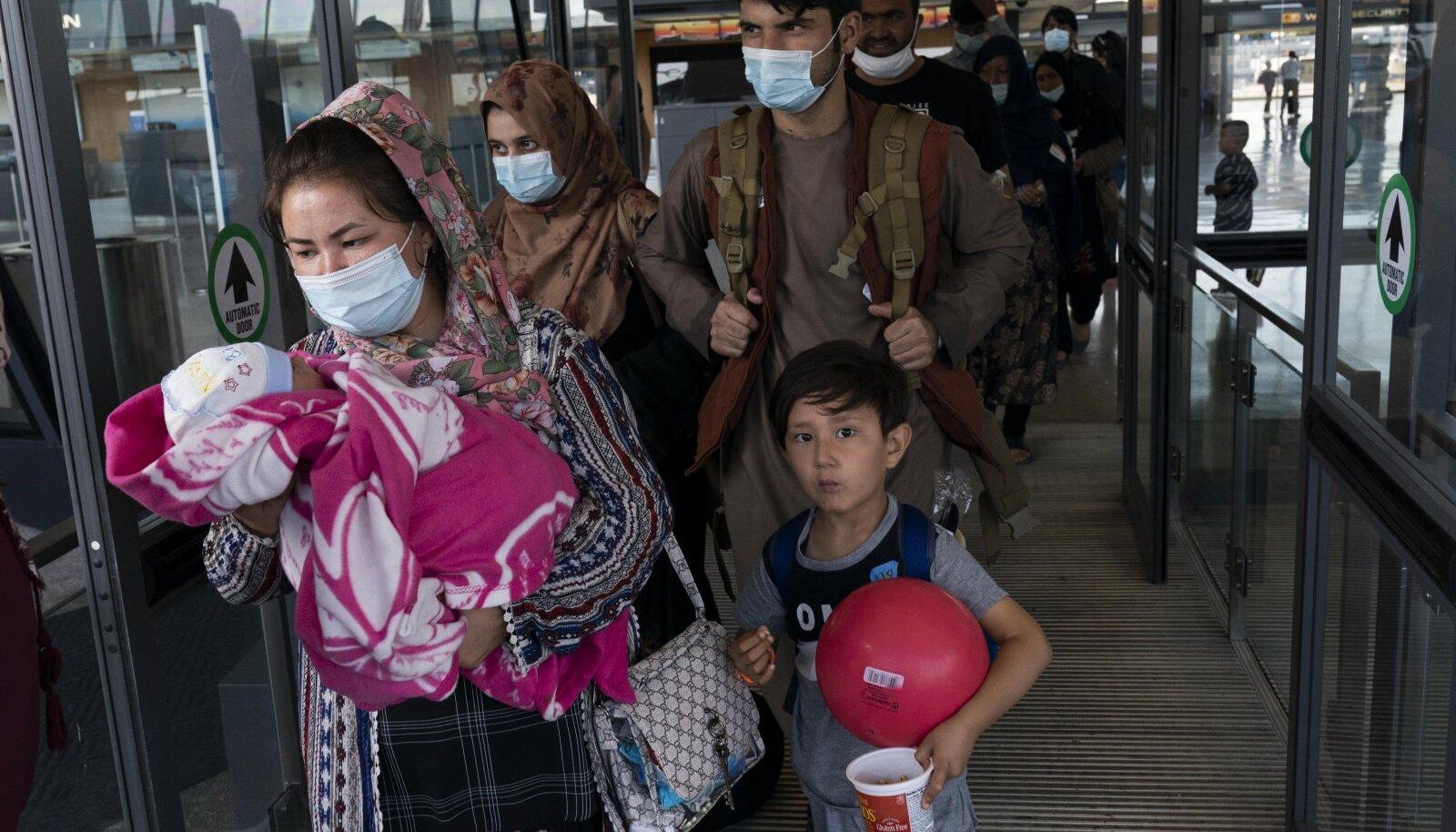 USA-sse jõudnud afgaani perekond.