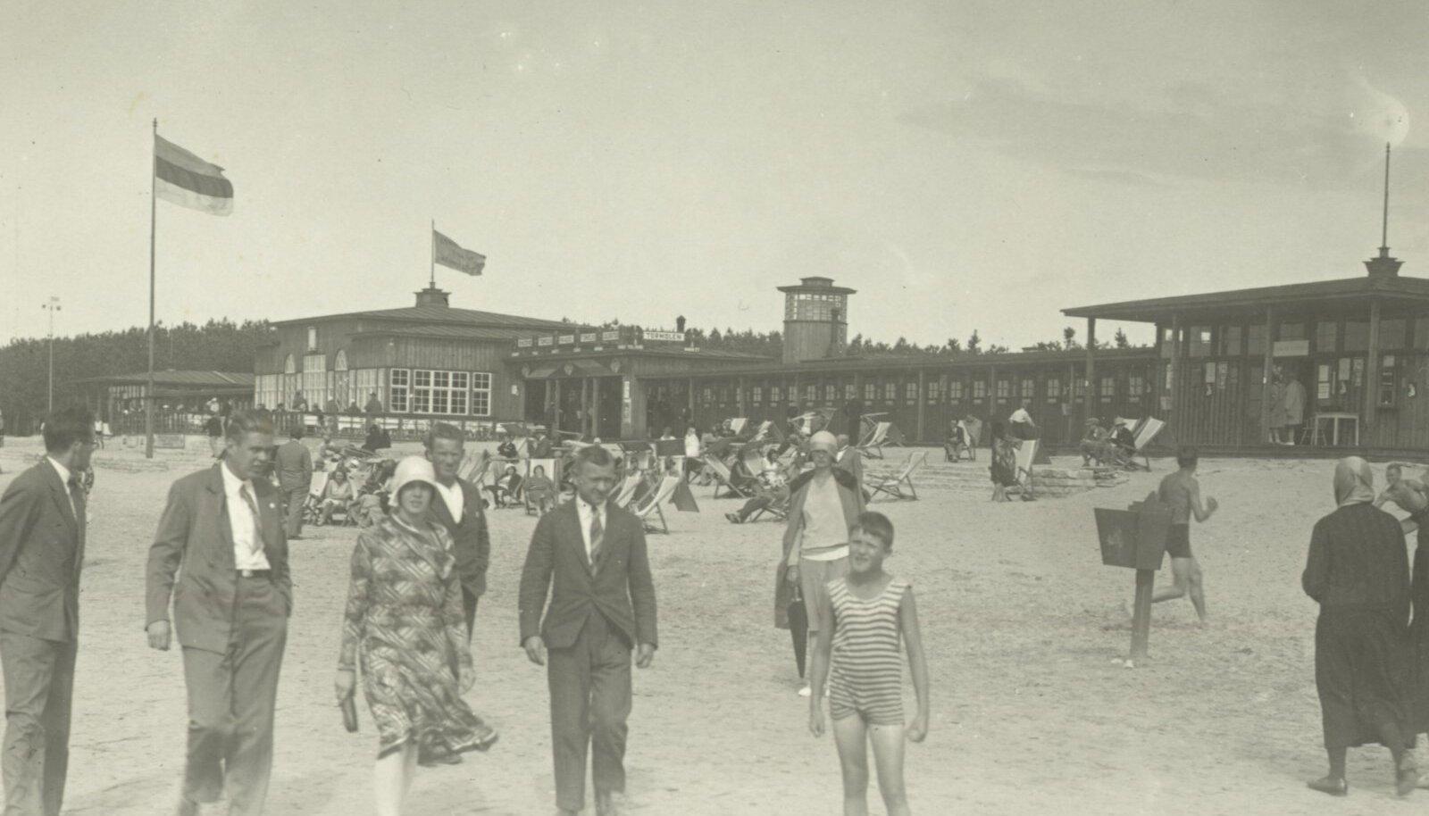 Pirita rannahoone suvitushooajal 1930ndatel