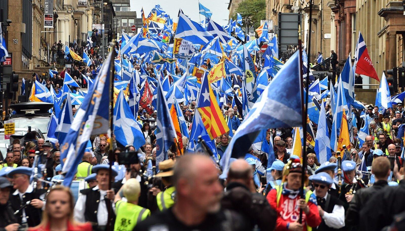 Šoti iseseisvuslaste marss mai alguses Glasgows.