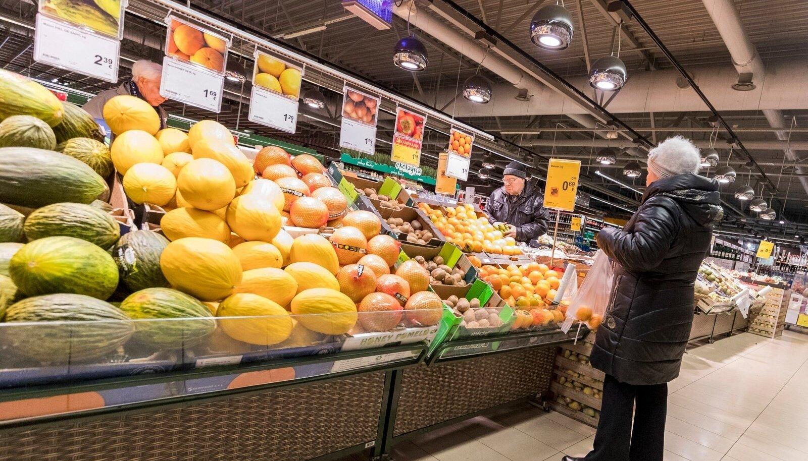 Kui Maxima pakutava hulka peaks sattuma ka riknenud vilju ja poekett saab trahvi, tuleb see kinni maksta poe töötajatel.