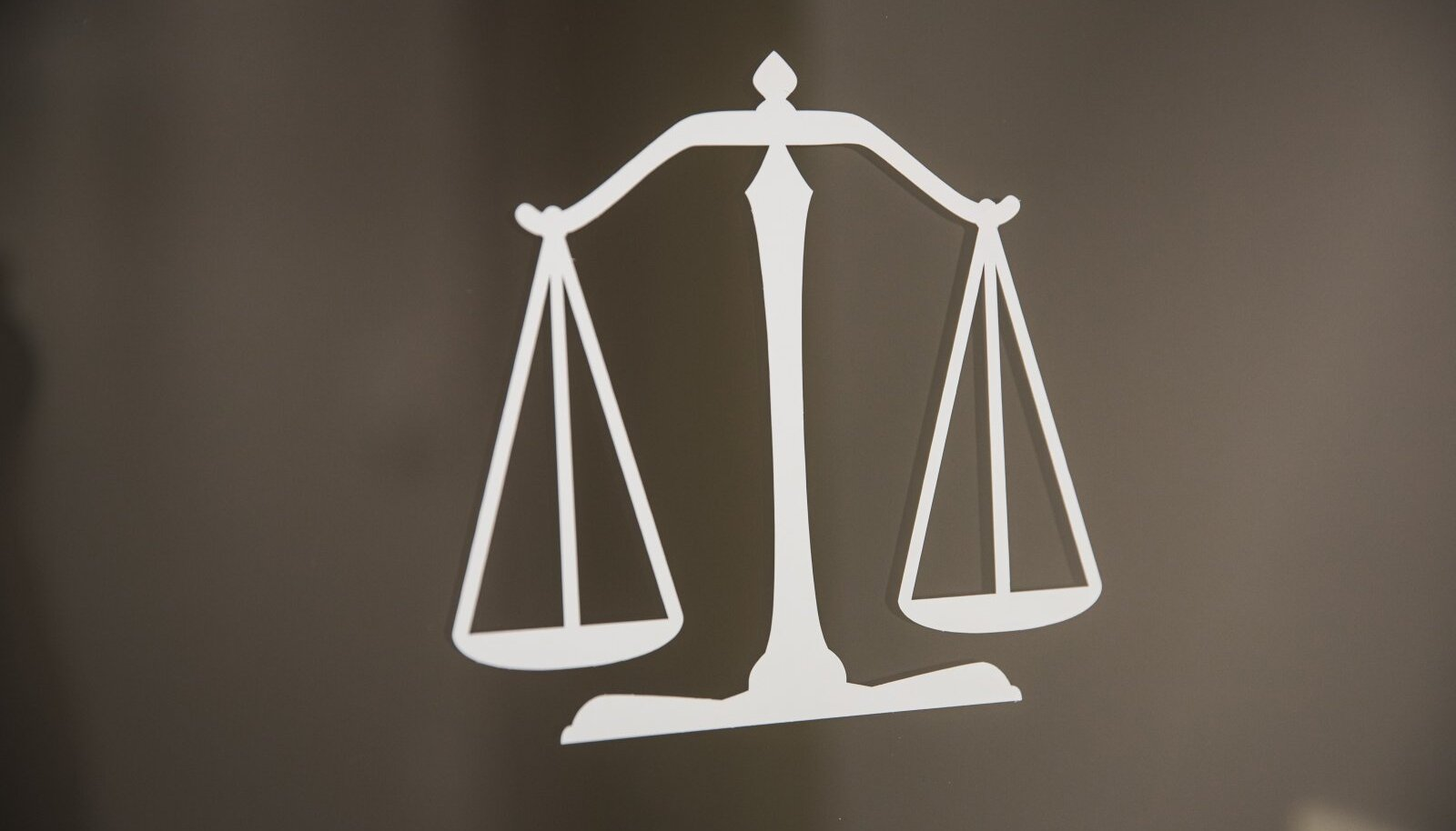 Tasuta õigusabi saajate sissetuleku määr võib langeda 500 euro võrra