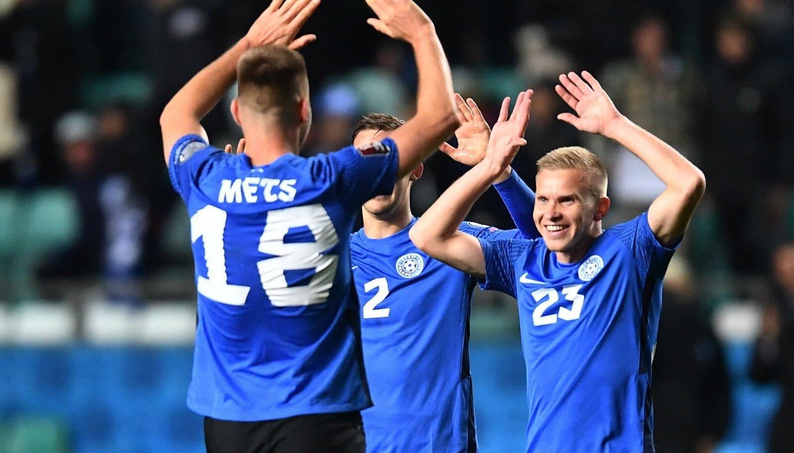 Eesti jalgpallikoondis loodab reedel saadud hea emotsiooni jõul näpistada ka Walesi.