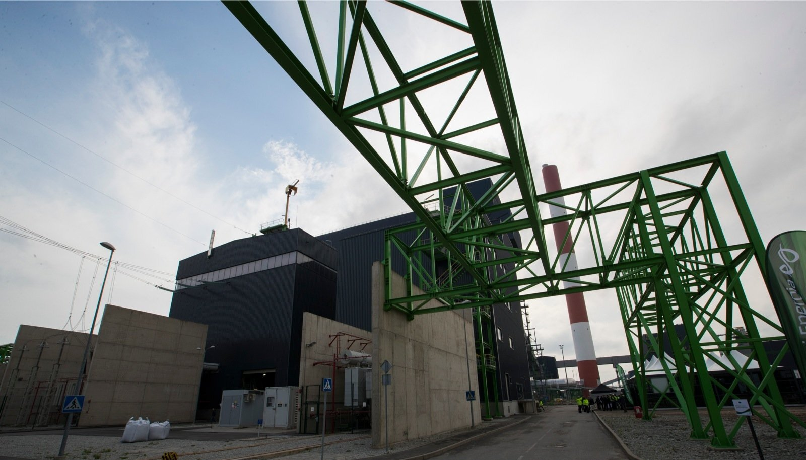 Auvere elektrijaam hakkab tööle tõenäoliselt oktoobri lõpus.